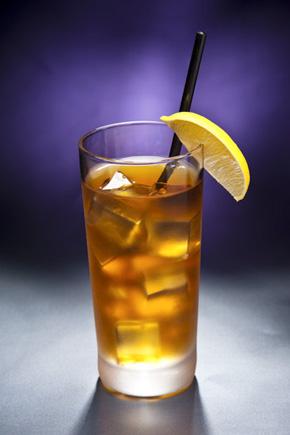 long island iced tea rezept cocktail tipps von sascha klinke gourmetwelten das genussportal. Black Bedroom Furniture Sets. Home Design Ideas
