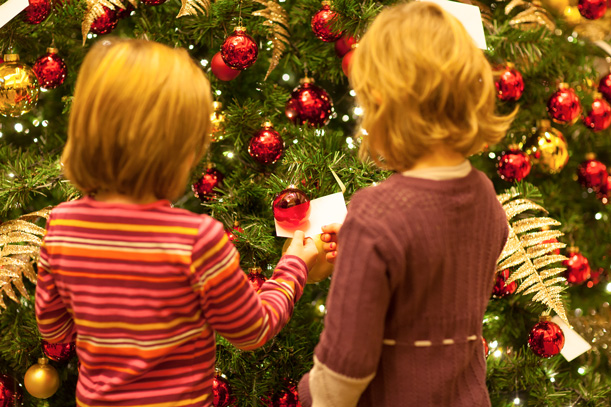 Giving Tree im Ritz-Carlton, Foto © Ricarda Spiegel