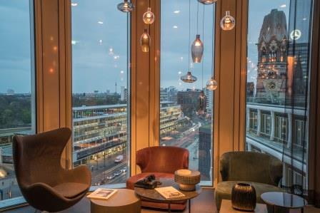 Hotels in berlin motel one ffnet upper west for Motel one berlin zimmerausstattung