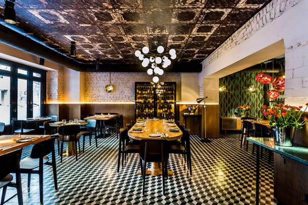 mine restaurant in berlin arams italienische goldmine. Black Bedroom Furniture Sets. Home Design Ideas