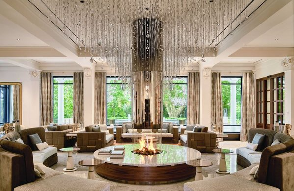 Lobby des Grand Hotel Quellenhof (Fotocredit: Grand Resort Bad Ragaz).