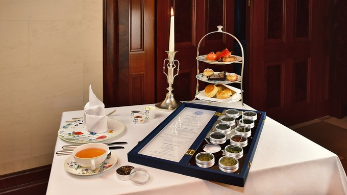 Adlon Berliner Afternoon Tea mit Teekarte