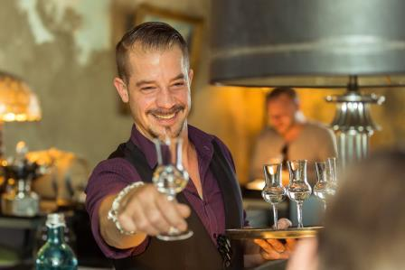 Wodka Tasting | Sash & Fritz auf Platz 1: Sascha Klinke, Bar Chef im The Grand