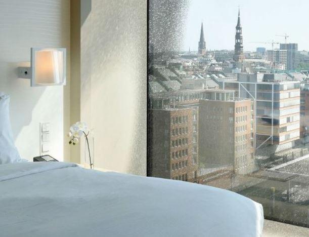 westin hamburg elbphilharmonie hotel er ffnet gourmetwelten das genussportal. Black Bedroom Furniture Sets. Home Design Ideas