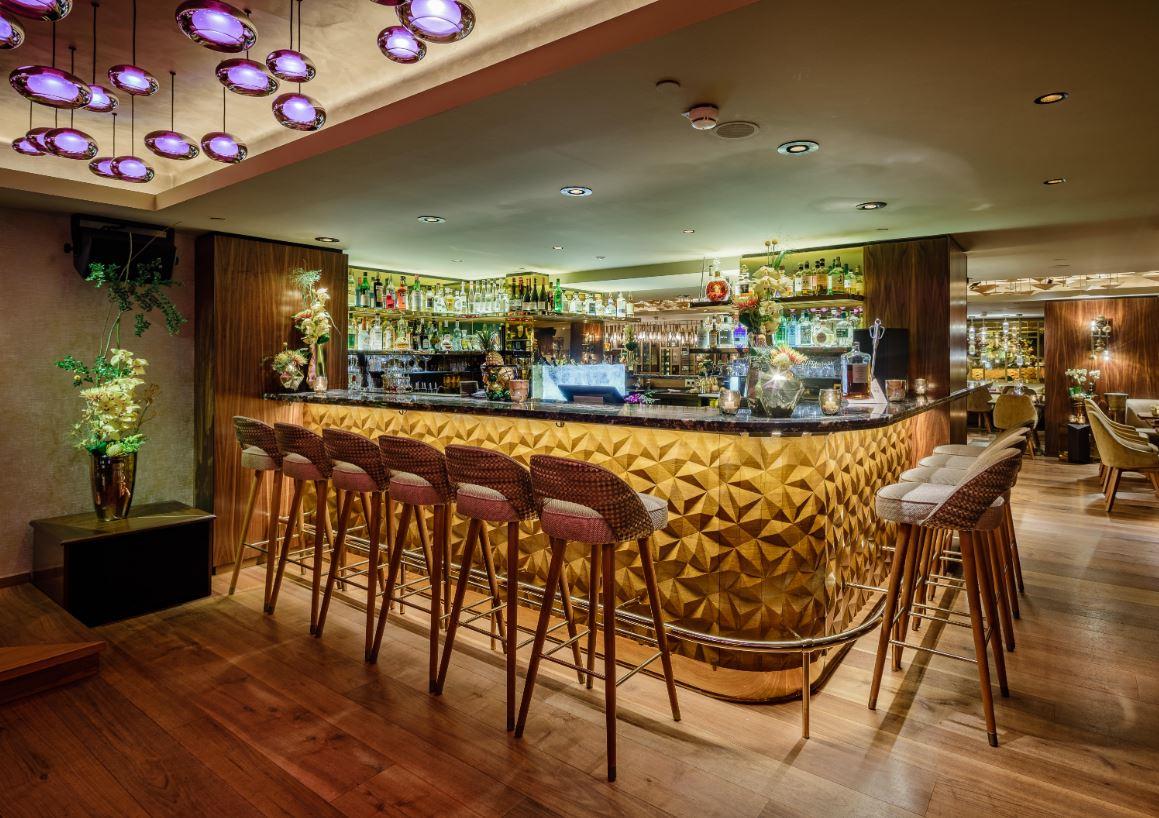 Nikkei Nine Im Hotel Vier Jahreszeiten In Hamburg Song R Lee Neuer