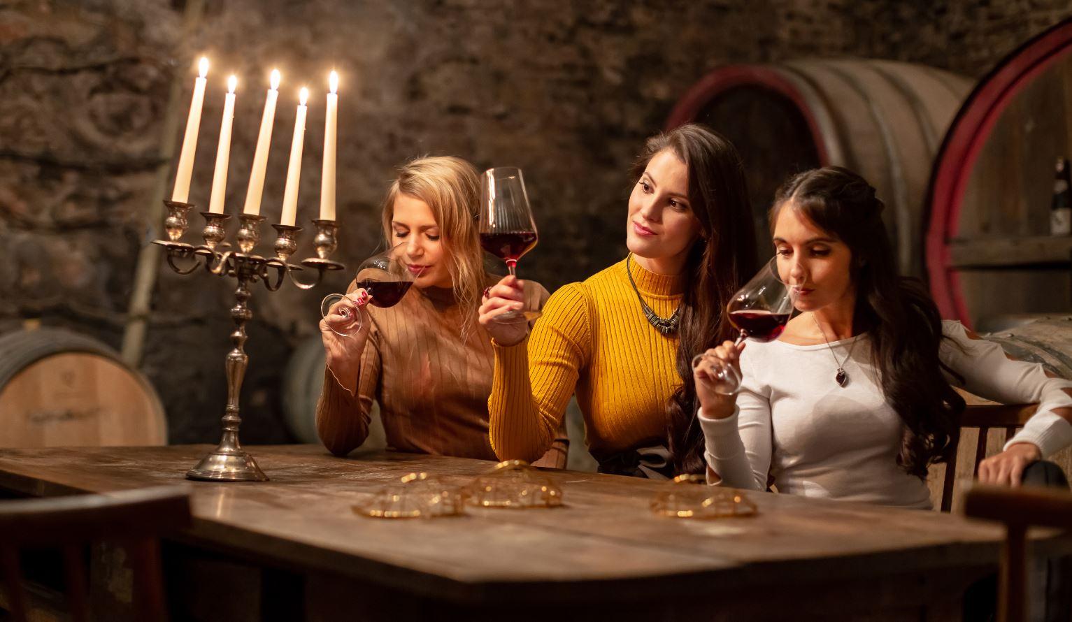 Weinkönigin Angelina Vogt 100 Tage im Amt: Aufklärung ist Teil meines Jobs  - Gourmetwelten - Das Genussportal